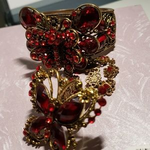 Vintage bracelet with attached ring